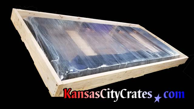 Custom crate is made to pack Unruh diniung room table for shipping to california