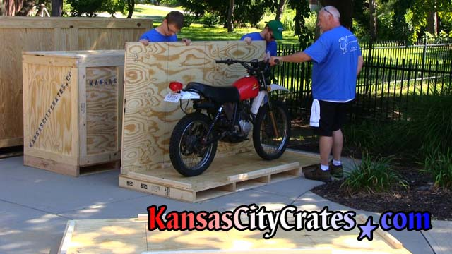 Crater checks bike will not touch sidewall of crate before mouting bike to pallet