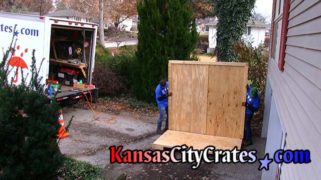 Kansas City Crates │Vaults, Lift Van Boxes, For Shipping